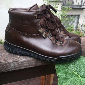Weatherproof Brown Goretex Boots by Vasque